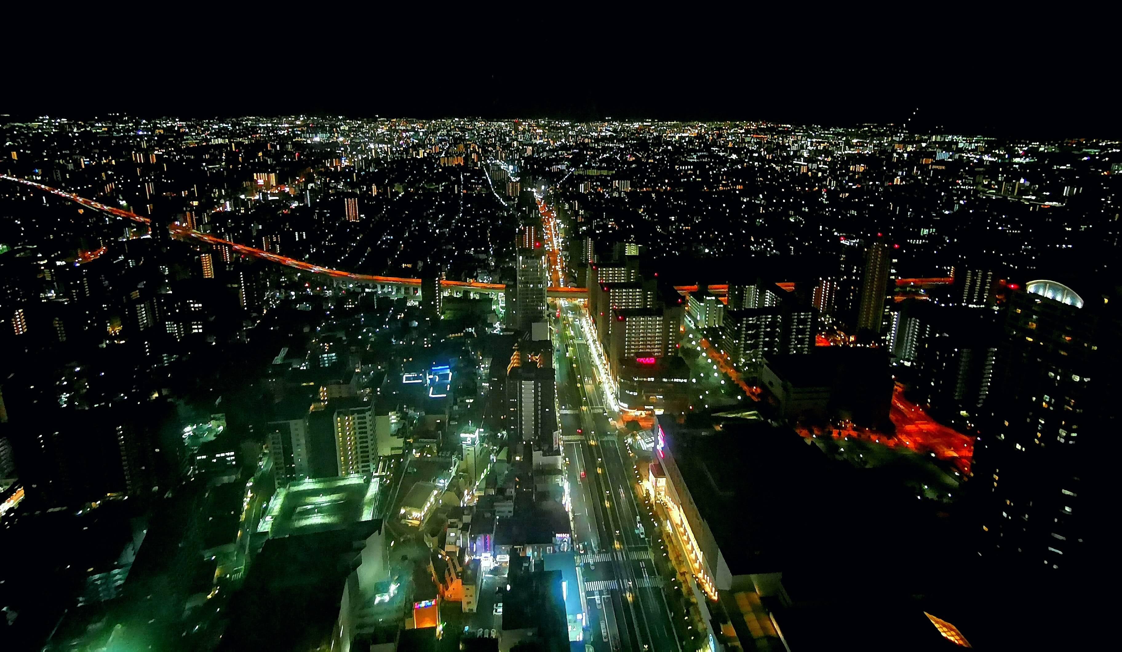 大阪マリオット都ホテルの部屋からの夜景