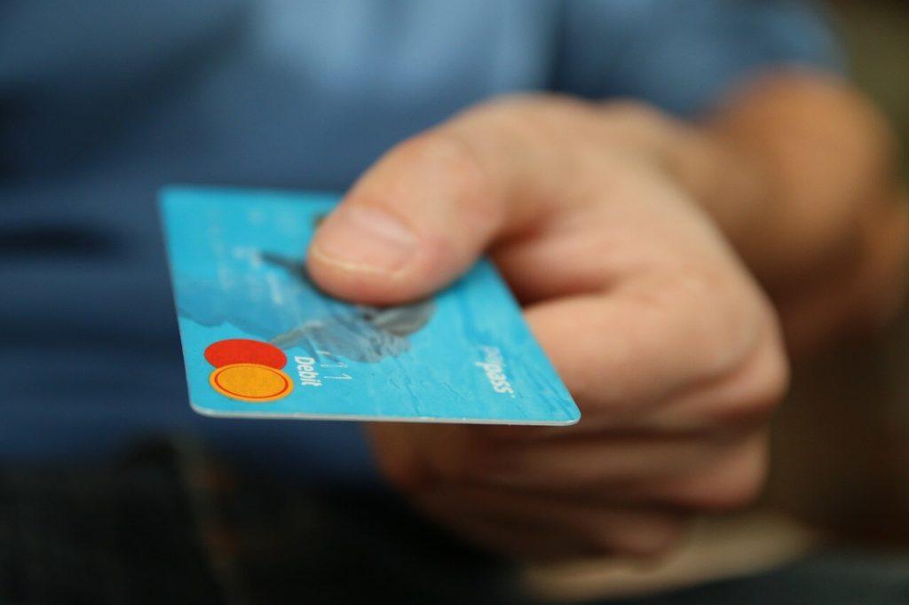 クレジットカード 残高不足